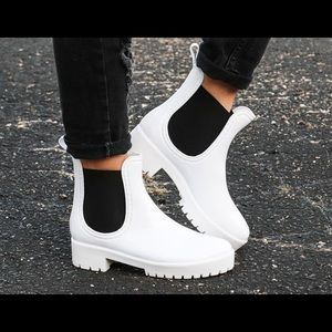 🖤❤️ BAMBOO - Pure White 'Wellies' Ankle Boots